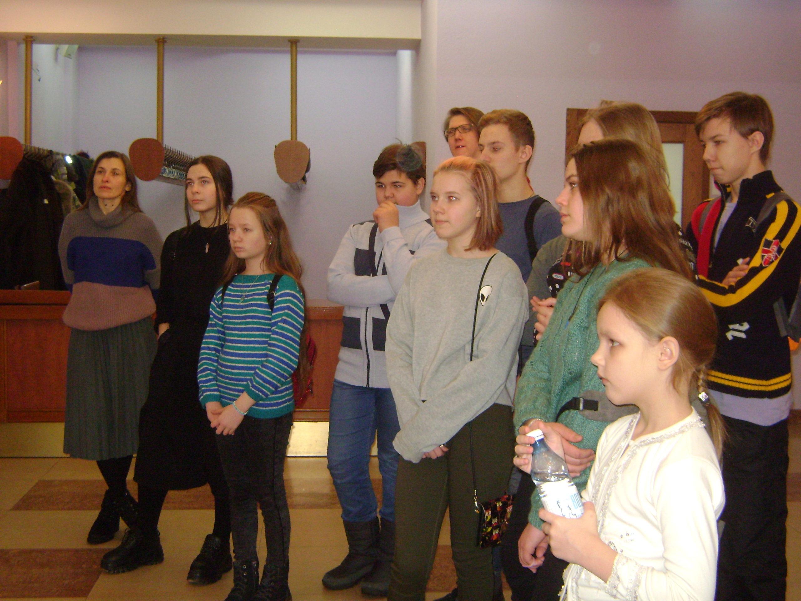 в театре для детей и молодежи (3)
